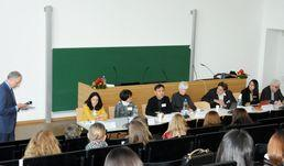 Panel discussion: Extended Education - Initiate International Comparative Research